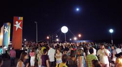 Cerca de 800 pessoas estiveram no comício de Armação de Pera. Foto de Paulete Matos