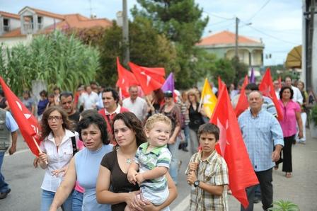 O Bloco tem andado na rua em constante contacto com as populações (Carregueira/foto Paulete Matos)