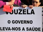 Protesto da população de Vouzela junto ao parlamento - Foto de Paulete Matos