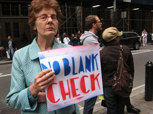 Não aos cheques em branco - Manifestação em Wall Street (28 de Setembro de 2008) Foto de Leesean/Flickr