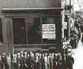 Filas de desempregados durante a crise de 1929