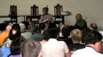 Walden Bello intervem na Assembleia de encerramento sobre Trabalho na Crise Global