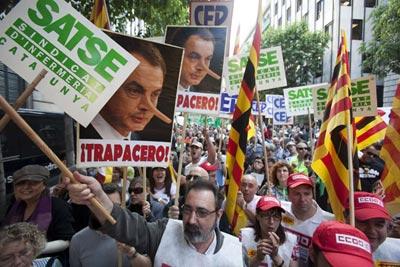 Em Madrid, milhares de trabalhadores da função pública juntaram-se no protesto