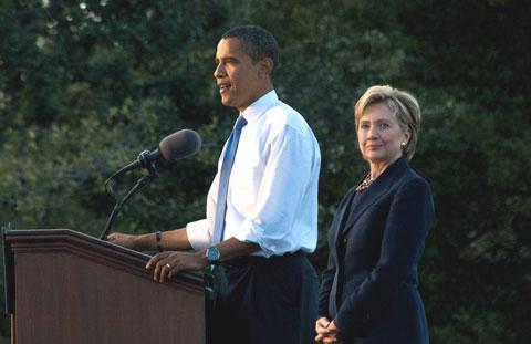 Obama e Clinton. Foto de NathanF, FlickR