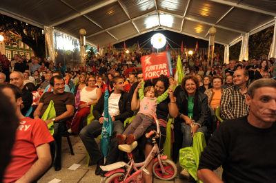 Mais de 600 pessoas no comício de Braga. Foto de Paulete Matos