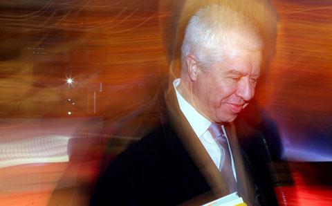 Teixeira dos Santos, ministro das Finanças - Foto da Lusa (arquivo)