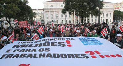Função Pública: manifestação em Lisboa reúne 50 mil pessoas. Foto Manuel de Almeida/Lusa.