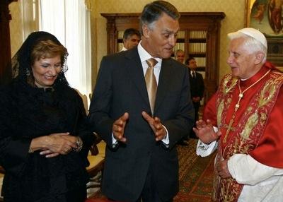Maria e Aníbal Cavaco Silva numa visita ao Papa no ano passado