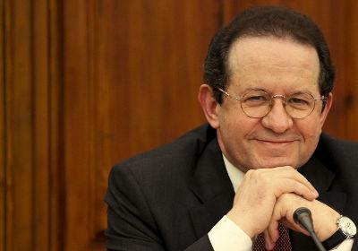 Vitor Constâncio na Comissão de Inquérito Parlamentar ao caso BPN. Foto Mário Cruz/LUSA