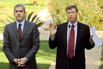 Conferência de imprensa de Sócrates com o patrão da Microsoft (Bill Gates) em 1 de Fevereiro de 2006, no Palácio de S. Bento - Foto da Lusa