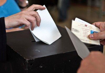 Até ao meio dia tinham votado 21,29% dos eleitores inscritos - Foto da Lusa (arquivo)