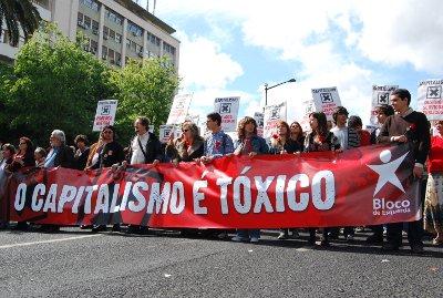 Desfile do Bloco de Esquerda na manifestação do 25 de Abril em Lisboa - Foto de Ana Candeias