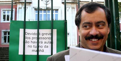 Mário Nogueira anunciou a suspensão das greves regionais da próxima semana. Foto LUSA