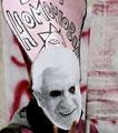 Caricatura da homofobia de Ratzinger feita por estudantes italianos