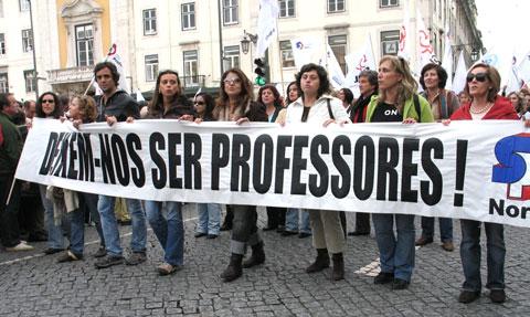 Deixem-nos ser professores. Foto de Paulete Matos