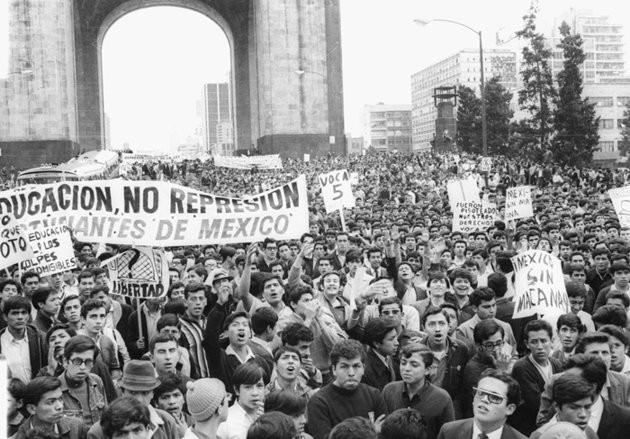 México 1968: Manifestação dos estudantes a 25 de julho
