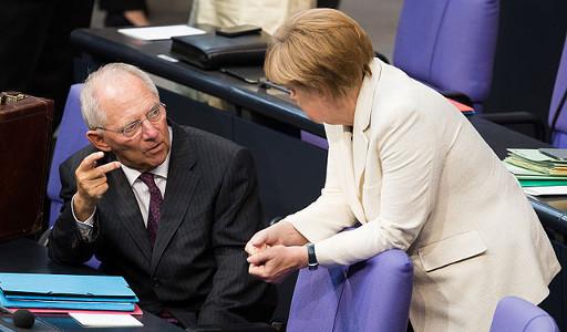 """""""Schäuble vinha planeando uma saída da Grécia como parte do seu plano de reconstrução da eurozona. Isto não é teoria. Digo isto porque foi ele mesmo que mo disse."""" Foto de Tobias Koch, wikimedia commons"""