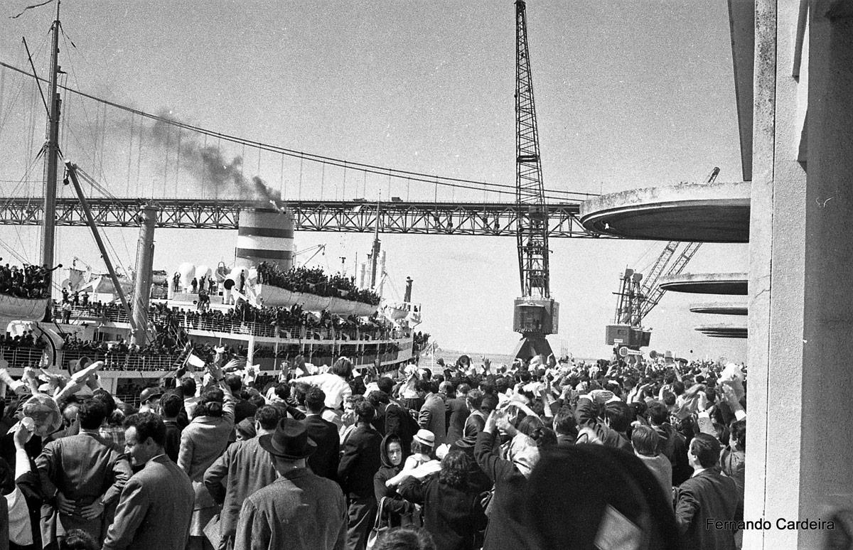 Abril de 1969 - Embarque de tropas para a guerra colonial em África