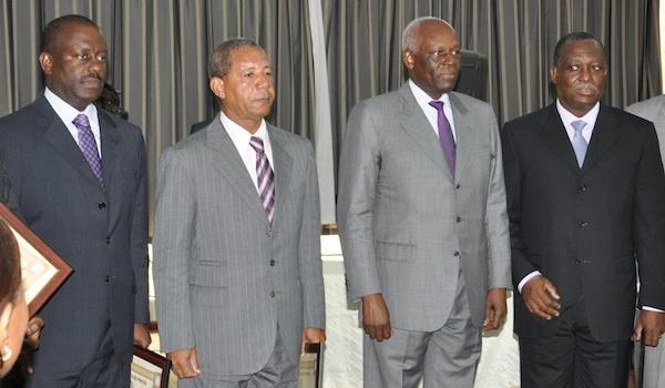 Os generais Dino e Kopelipa, Dos Santos e Manuel Vicente