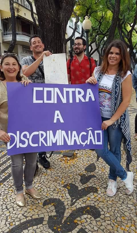 Protesto #EscolaSemHomofobia no Funchal, do facebook de Valentina Silva Ferreira.