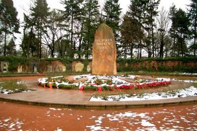 Memorial dos Socialistas no cemitério Friedrichsfelde, em Berlim.