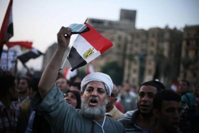 Junta militar toma o poder legislativo no Egipto no vazio das eleições presidenciais