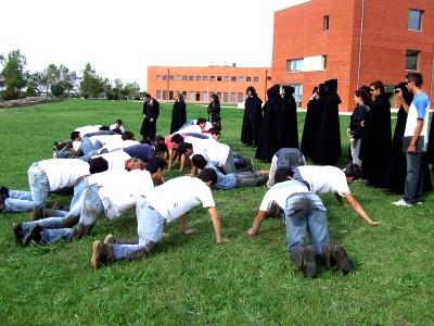 Bloco diz que as instituições têm a responsabilidade de travar a praxe violenta no Ensino Superior