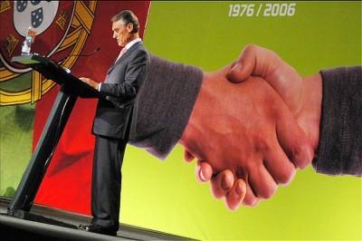 Cavaco recebe mais 2900 euros por mês só para gastos pessoais
