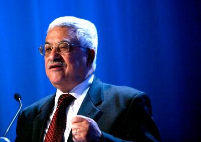 Mahmoud Abbas continua a condicionar as negociações com Israel ao congelamento do avanço dos colonatos.