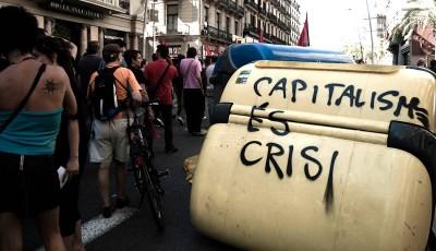 Rajoy quer criminalizar manifs não autorizadas e convocatórias de protestos via redes sociais