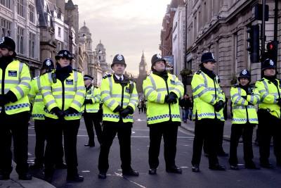Um dos condenados criou um evento no Facebook, mas só a polícia é que apareceu...