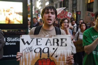 """We are the 99%"" - Occupy Wall Street, 26 de Setembro de 2011 – Foto de Paul Stein/Flickr"