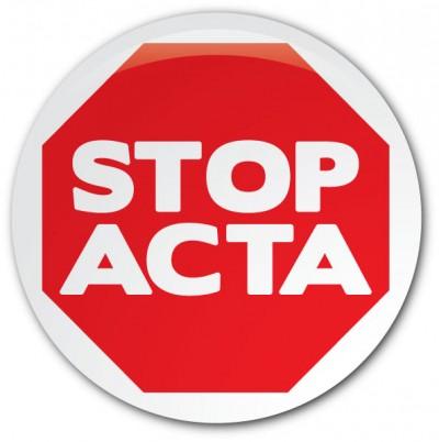 PSD e CDS apoiam o ACTA, PS abstém-se de condenar o Acordo que limita a liberdade dos cidadãos e estimula a vigilância das empresas sobre utilizadores.