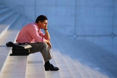 O estudo aponta para que 40% dos jovens tenham um contrato de trabalho a prazo e um quarto ocupe postos de trabalho de baixa qualificação.