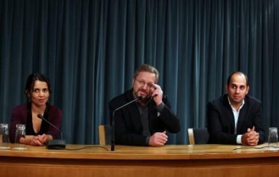 Delegação do Bloco de Esquerda falando à imprensa à saída da reunião com o primeiro-ministro - Foto de António Cotrim/Lusa