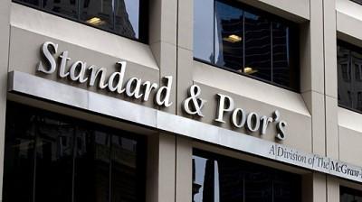 Agência corta rating da França e de todos os outros países da zona euro, à exceção de Alemanha, Finlândia, Holanda e Luxemburgo