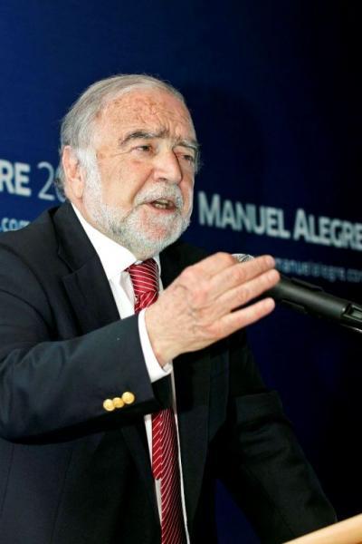 Alegre quer outra economia na Europa e em Portugal