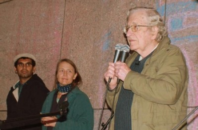 Noam Chomsky, Boston, 22 de Outubro de 2011 - Foto de Occupy Boston no facebook