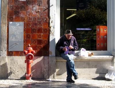 """Segundo os registos da fundação, 2010 foi o """"pior ano em termos de pobreza em Portugal"""", tendo sido atendidas no ano passado mais de 12.300 pessoas, um """"valor sem precedentes"""". Foto de Paulete Matos."""