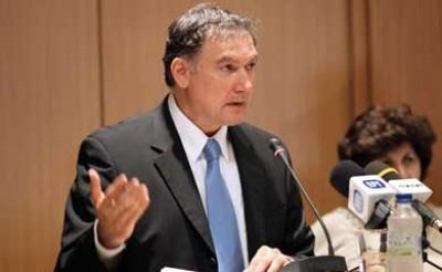 Responsável departamento estatístico grego acusado de inficionar défice para precipitar resgate