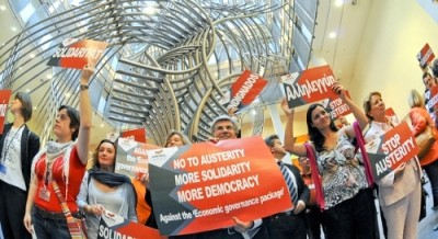 """""""A resistência da Esquerda é urgente e necessária para travar a luta pela Europa Social"""", afirmou o Presidente do GUE/NGL, Lothar Bisky."""