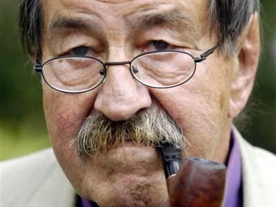 Günter Grass critica Merkel e apoia Grécia em novo poema controverso