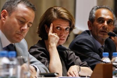 """A ministra Isabel Alçada avançou com os encerramentos e os autarcas queixam-se da """"insensatez"""" do governo. Foto João Relvas/Lusa"""