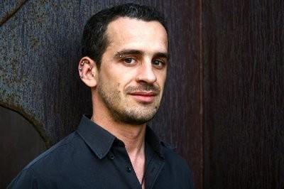 Um ataque contra os professores é sempre um ataque contra nós próprios - José Luís Peixoto