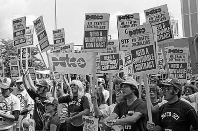 Luta dos controladores de voo, Agosto de 1981 - Foto do site de Michael Moore