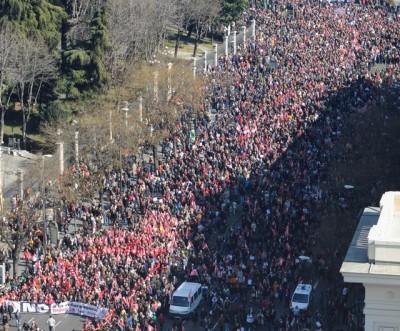"""""""Não à reforma laboral injusta"""", manifestação de Madrid, 19 de fevereiro de 2012 - Foto do site das CC OO"""