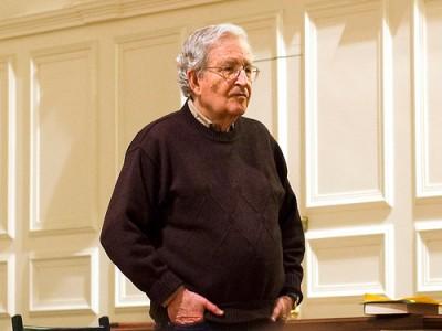 """""""Os War Logs, por mais valiosos que sejam, podem contribuir para a doutrina dominante de que as guerras só são algo mau quando não são vencidas"""",diz Chomsky. Foto dlr2008/Flickr"""