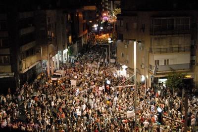 Mais de 150 mil pessoas já se haviam manifestado contra o governo de Netanyahu no sábado passado, dia 30 de Julho.