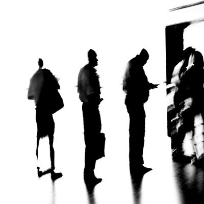 Segundo o Banco de Portugal, serão destruídos 170 mil postos de trabalho já este ano e 33 mil em 2013. Foto de Paulete Matos.