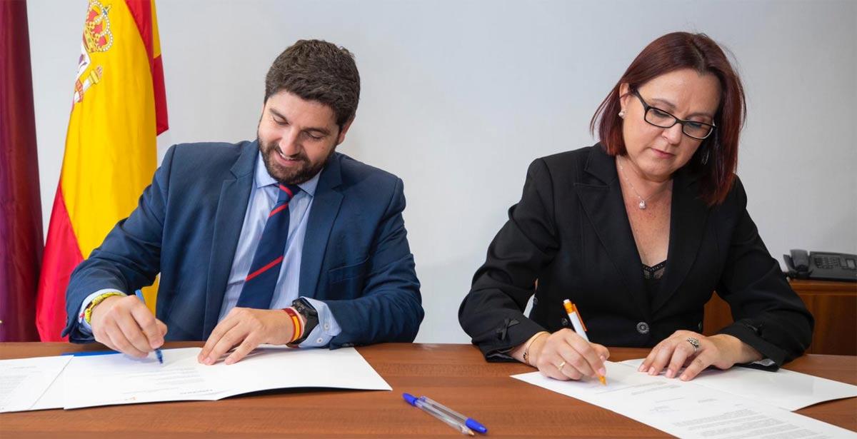 López Miras e Isabel Franco